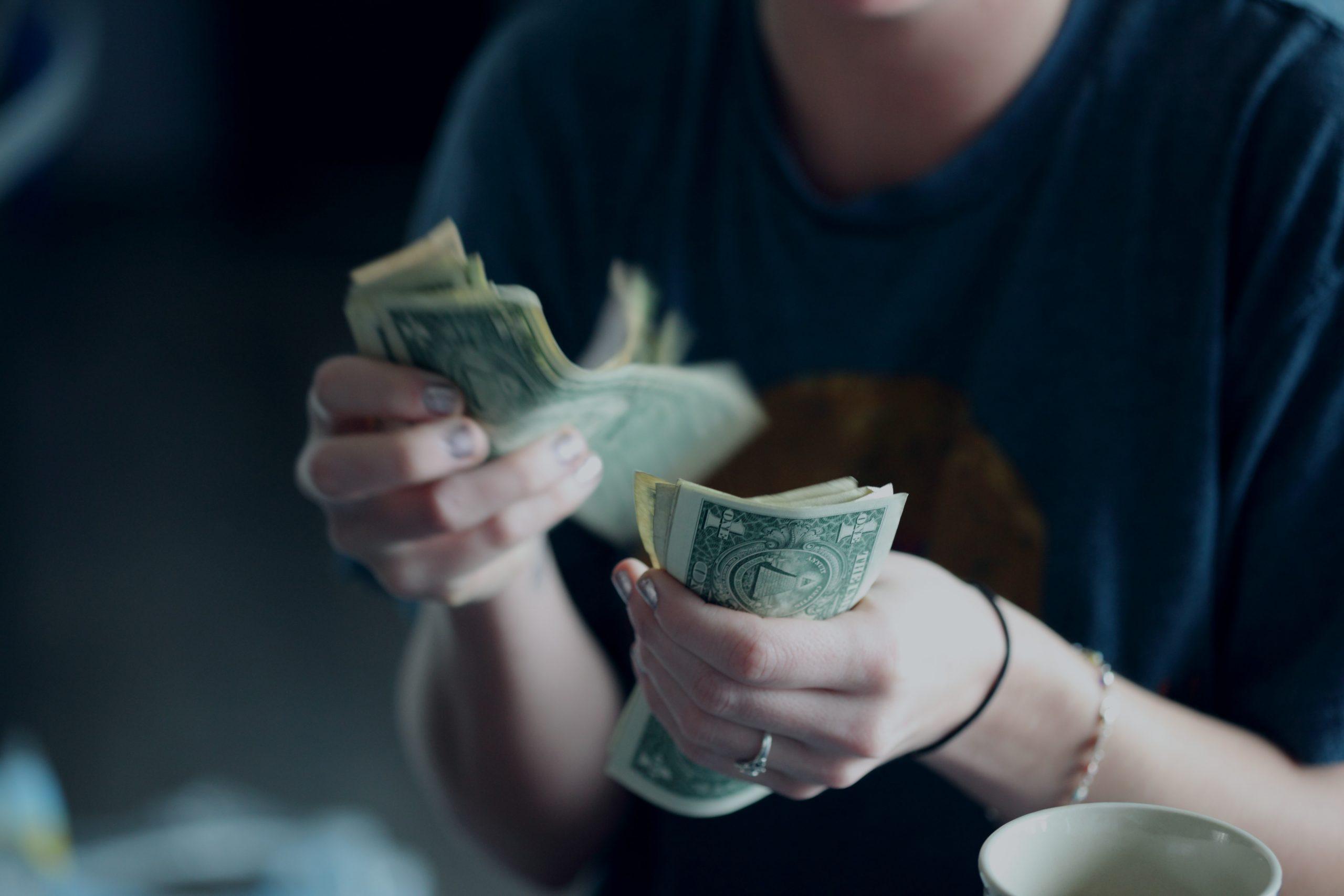 Kommentar: Lundapolitikerna vill ge sig själva mer pengar